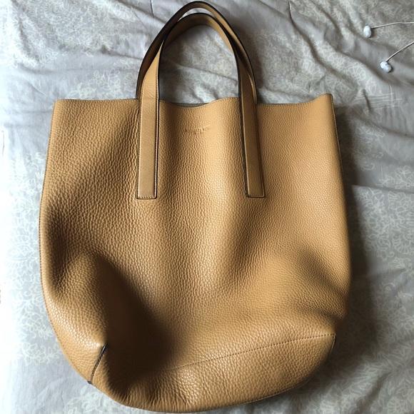 602265fde0ba Michael Kors Bags   Mason Reversible Leather Tote Peanut   Poshmark